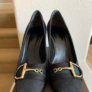 Gucci pump heels 8B